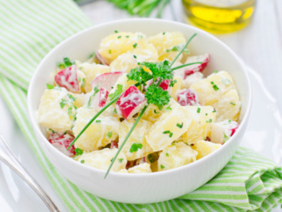 kartofena-salata-repichki
