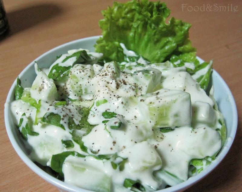 zelena-salata-kiselo-mlqko