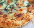 Мини пици с гъби и сирене